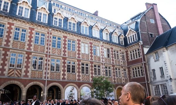 Une des façade de l'Institut catholique de Paris.