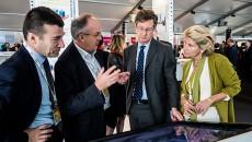 De droite à gauche, Chiara Corazza, directeur de Paris-Ile de France Capitale Economique, Sébastien Bazin, président du groupe Accor, Philippe Yvin, président du directoire de la SGP, et Benoît Labat, directeur de la valorisation et du patrimoine de la SGP, au Mipim, en mars 2015 à Cannes.