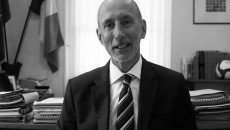 Jean-Raymond Hugonet.