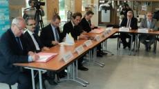 Signature du pacte Seine aval le 12 octobre 2015.