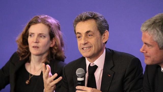 Nicolas Sarkozy et NKM lors d'une réunion départementale des Républicains © LR