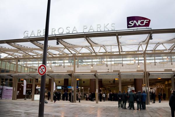 Paris 19 manuel valls inaugure rosa parks au coeur d 39 un - Paris rosa parks ...