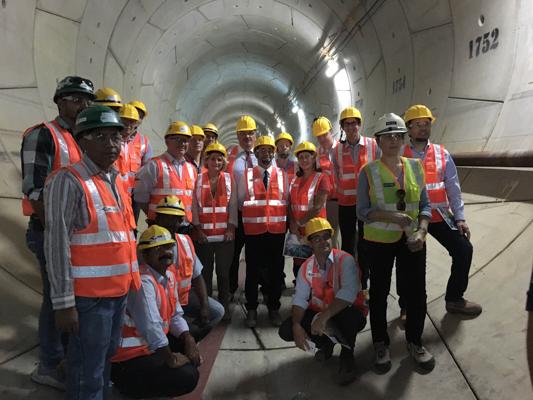 David Douillet et la délégation ont également visité le chantier du métro de Doha, réalisé par la JV Qatari Diar Vinci Construction, où 21 tunneliers sont actuellement à l'œuvre. © PCE