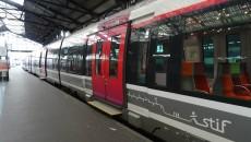Rame de type Francilien en gare Saint-Lazare.