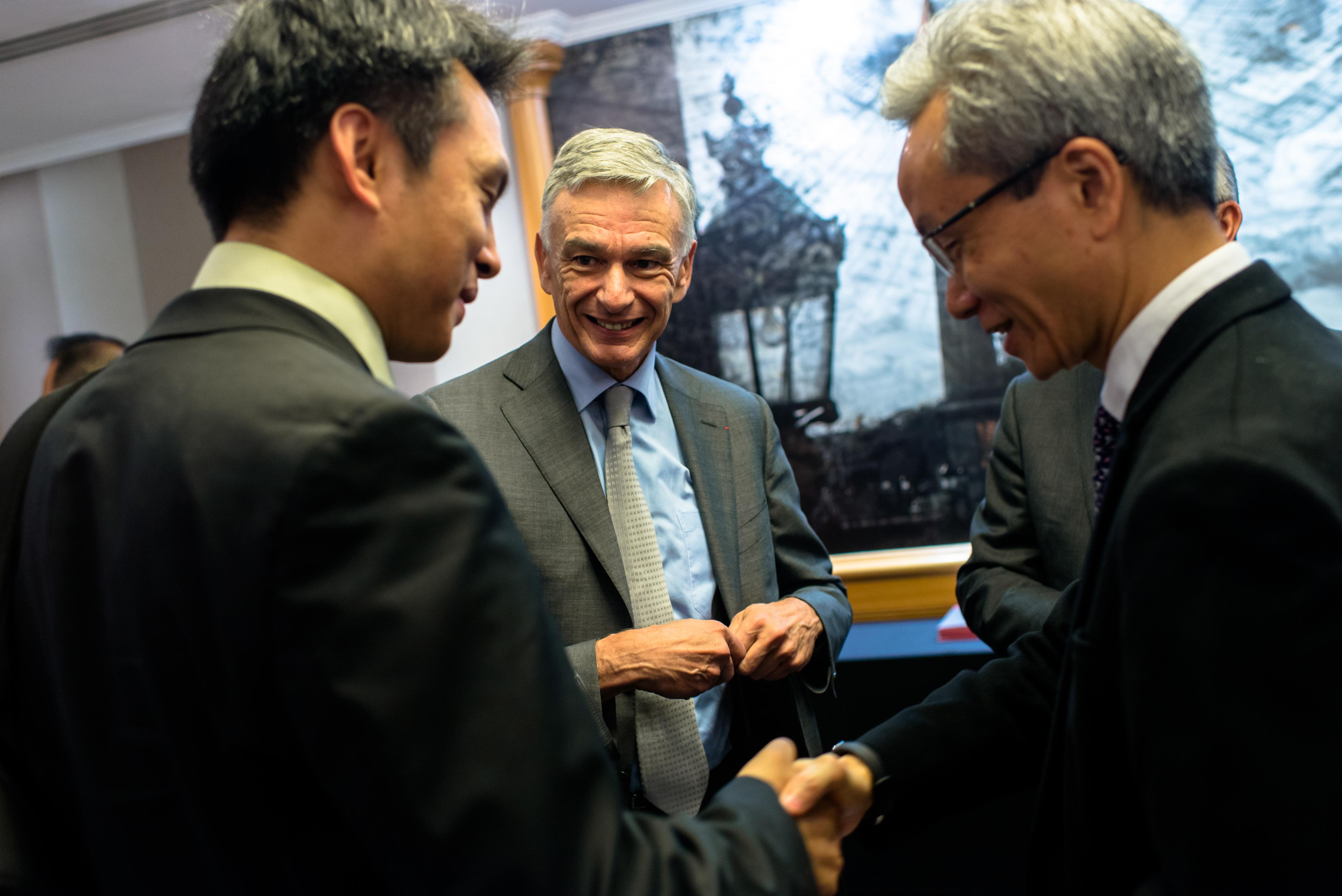 Pce rassemble les plus grandes entreprises chinoises for Chambre de commerce franco chinoise