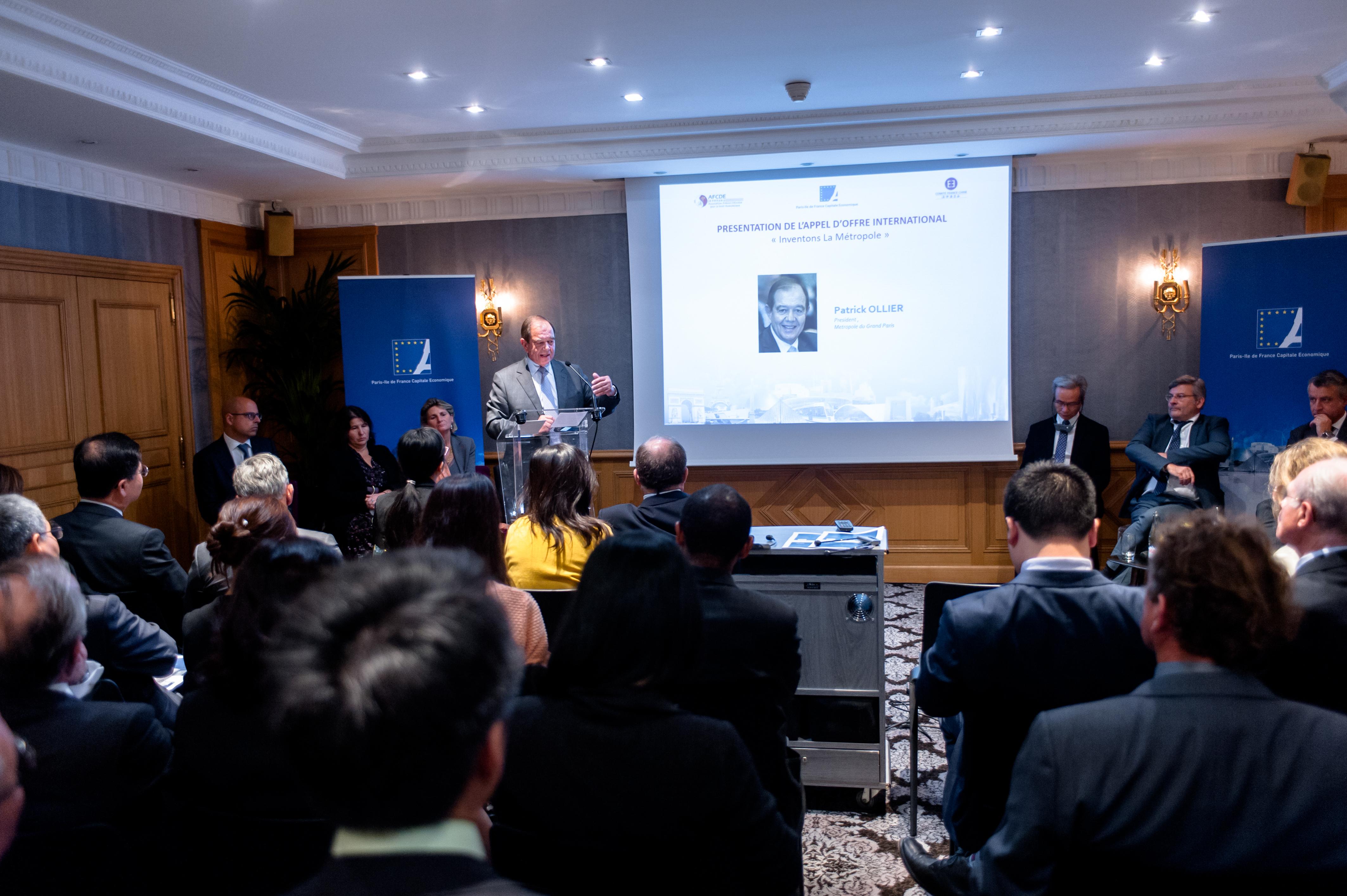 le 19 octobre 2016, SEMINAIRE FRANCO-CHINOIS LE PROJET DU GRAND PARIS ET LES OPPORTUNITES D'INVESTISSEMENT ET DE PARTENARIATS qui s'est déroulé à l'hotel Scribe à Paris (75)