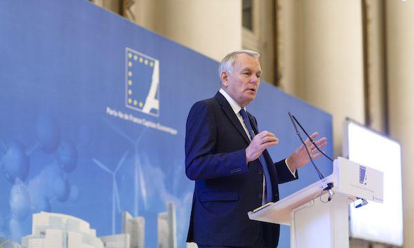 """""""L'industrie du futur est un thème essentiel qui participe à la métropolisation mondiale de Paris Ile-de-France », a rappelé Jean-Marc Ayrault, en ouverture du Xe Forum Innovation et recherche organisé par PCE le 9 novembre."""