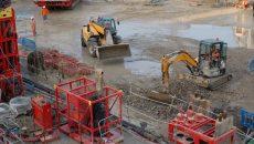Suez gère les déblais du chantier de la gare Fort d'Issy-Vanves- Clamart (Hauts-de-Seine) du Grand Paris Express