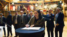 Emmanuelle Cosse, ministre du Logement et de l'Habitat durable, à Aubervilliers pour la signature du CIN © Jgp