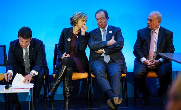 """Valérie Pécresse, entourée de Manuel Valls, Patrick Ollier et Jean-Paul Vermès, lors de l'inauguration de """"Choose Paris Region"""". © Jgp"""