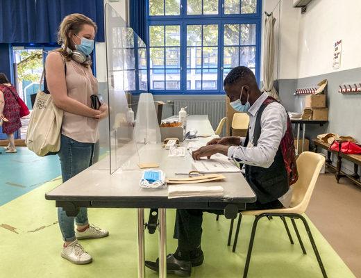 Elections régionales : taux de participation à 12h en légère baisse